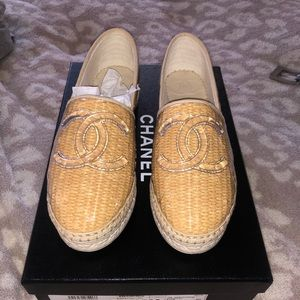 NEW IN BOX CHANEL ESPADRILLES SIZE 35